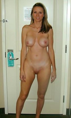 Hot amateur beauties with natural..