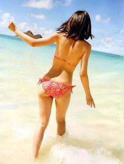 Curvy sports girls on beach, sexy photos