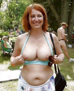 Lovely Big Tits, amateur mature..