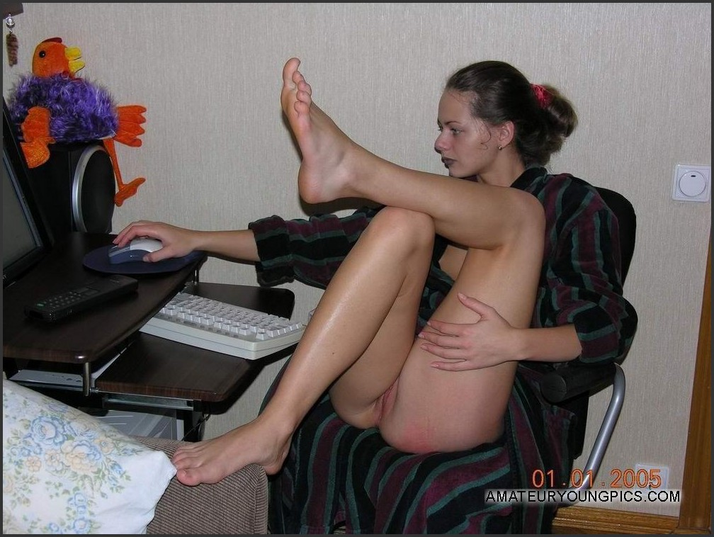 computer in of Nude front girl